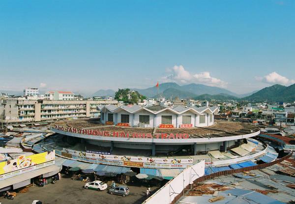 Chợ Đầm hay còn gọi là Trung tâm thương mại Nha Trang. Ảnh: ST
