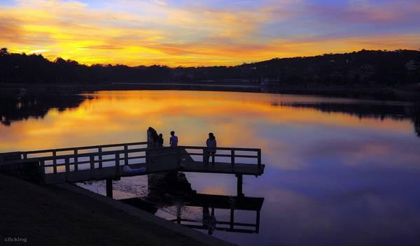 Hoàng hôn trên hồ Xuân Hương. Ảnh: Dzung Viet Le