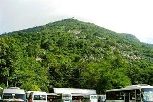 Đỉnh núi Bà Đen 1