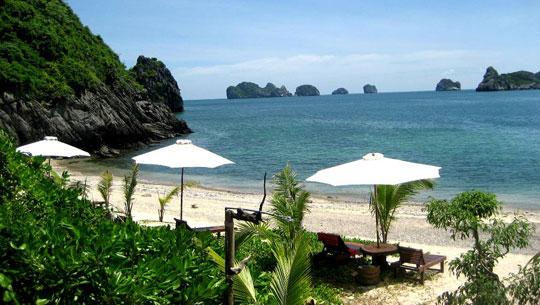Bãi tắm Đảo Cát Bà