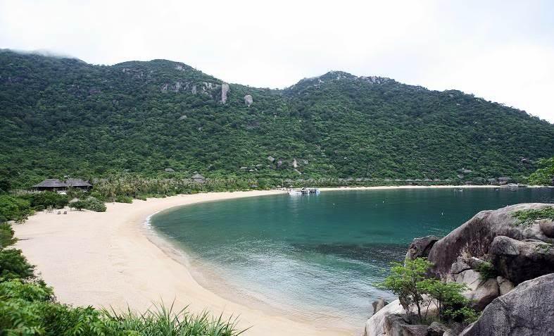Vinh Ninh Vân - Một trong những vịnh biển đẹp của Nha Trang. Ảnh: VTV