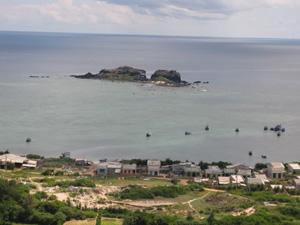 Biển ở đảo Phú Quý, Bình Thuận