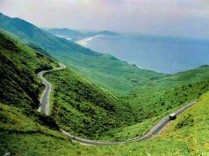 Cảnh đẹp từ đèo Hải Vân