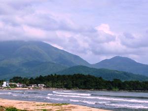 Đến biển Nam Ô nhớ tham quan rạn Nam Ô