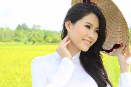 Hoa hậu Đăng Thu Thảo