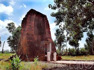 Tháp cổ Vĩnh Hưng, Bạc Liêu