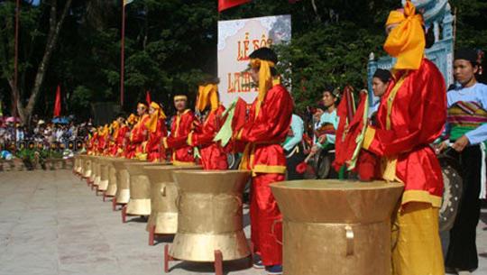ivivu_Le_hoi_Lam_Kinh_2012