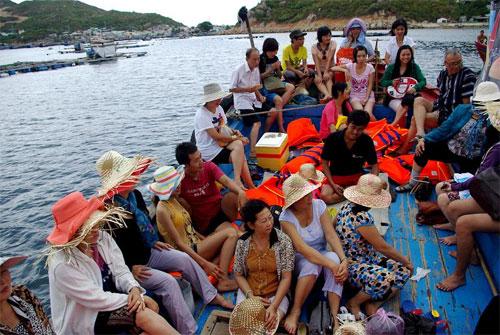 Du ngoạn đảo Bình Ba