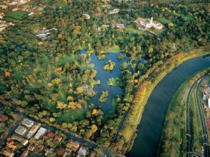 Thăm cụm vườn thực vật Royal Botanic Garden