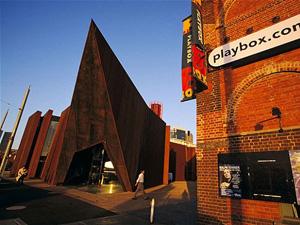 Thăm trung tâm nghệ thuật đương đại Úc