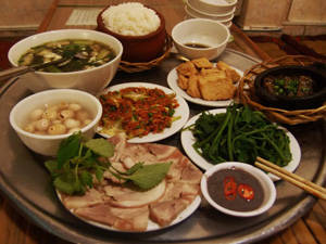 Cơm Bắc ở Sài Gòn - iVIVU.com