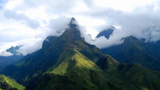 Núi Phan Xi Pan - iVIVU.com