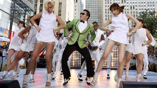 "Rapper Psy trong video ""Oppa Gangnam style"" nổi tiếng - iVIVU.com"