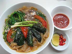 Bánh đa cua Hải Phòng - iVIVU.com