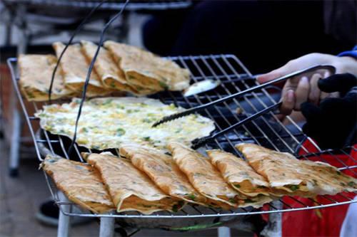 Bánh tráng quết trứng nướng Đà Lạt - iVIVU.com