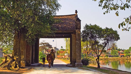Làng cổ Đường Lâm - iVIVU.com