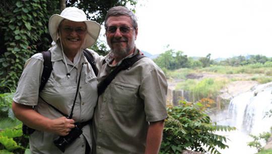 Vợ chồng Vanhanlen - iVIVU.com