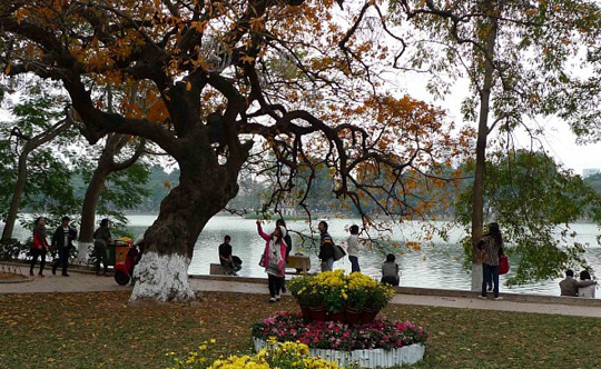 Hồ Gươm cuối đông - iVIVU.com