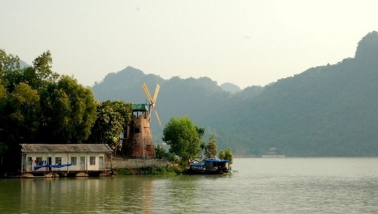 Thung Nai, Hòa Bình - iVIVU.com