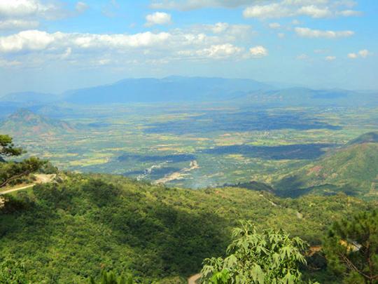 Dưới chân đèo Dran - iVIVU.com