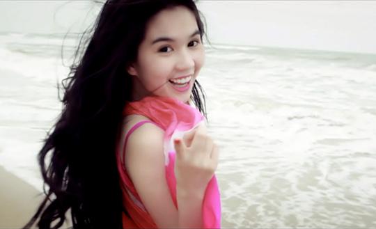 Ngọc Trinh tại The Nam Hải - iVIVU.com