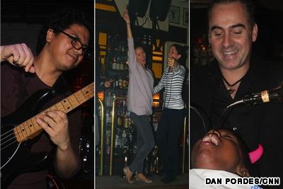 Hồng Kông - iVIVU.com  5 địa điểm vui chơi về đêm hàng đầu tại châu Á. 2wanchai bar guide main