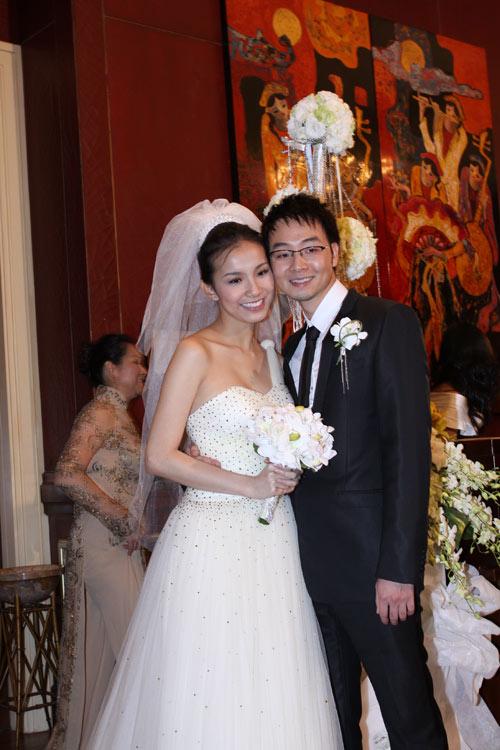 Đám cưới Hoa hậu Thùy Lâm tại khách sạn Park Hyatt - iVIVU.com