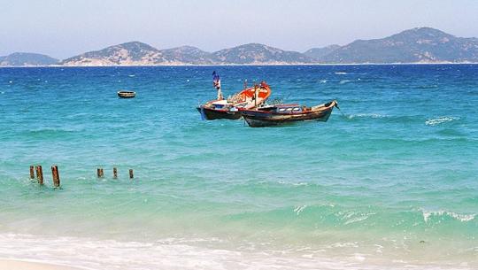 Cam Ranh Bay in Nha Trang - iVIVU.com
