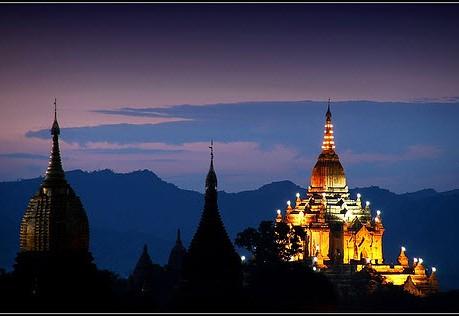Chùa vàng ở Myanmar