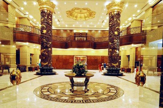 Kiến trúc cung đình tại khách sạn Imperial Huế - iVIVU.com