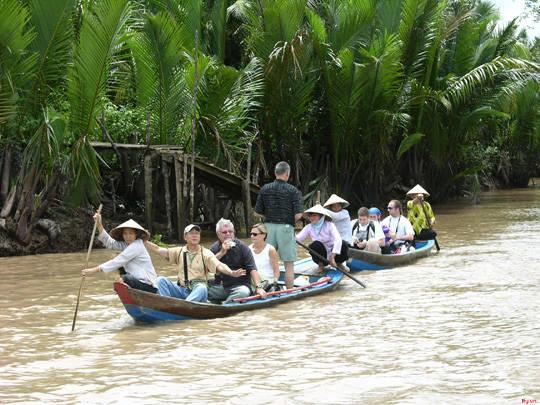 Du lịch sông nước Bình Thủy, Cần Thơ - iVIVU.com