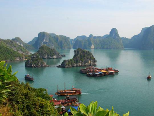 Top 10 vịnh biển - Vịnh Hạ Long - iVIVU.com