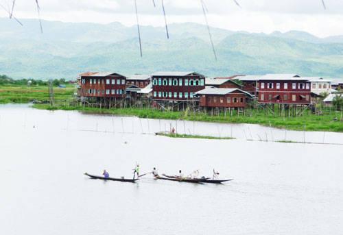 Hồ Inle - iVIVU.com