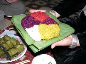 Xôi ngũ sắc Tuyên Quang - iVIVU.com