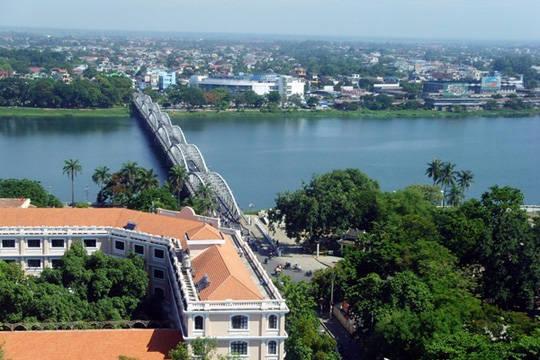 Cầu Trường Tiền, Huế - iVIVU.com