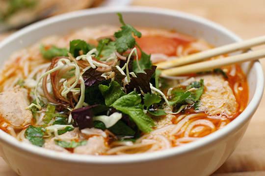 Ẩm thực Nha Trang - bún chả cá - iVIVU.com