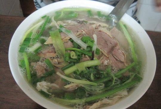 Ẩm thực Hà Nội - phở Bát Đàn - iVIVU.com