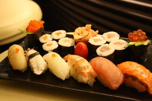 Ẩm thực Nhật Bản - món Sushi - iVIVU.com