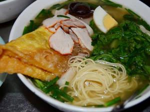 Ẩm thực Hà Nội - mì vằn thắn Hàng Chiếu - iVIVU.com