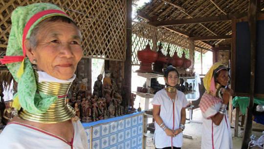 Du lịch Myanmar - làng cổ dài - iVIVU.com