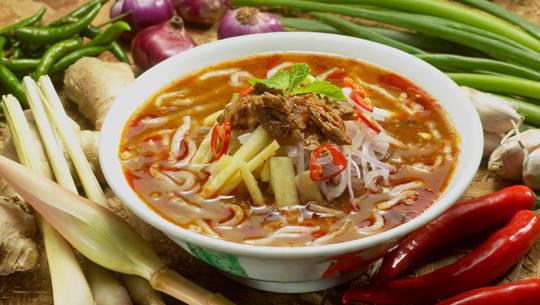 Ẩm thực Penang Malaysia - assam laksa - iVIVU.com