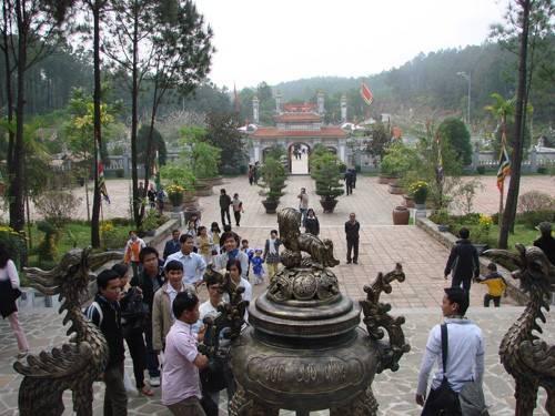 Du lịch Huế - Trung tâm văn hóa Huyền Trân - iVIVU.com