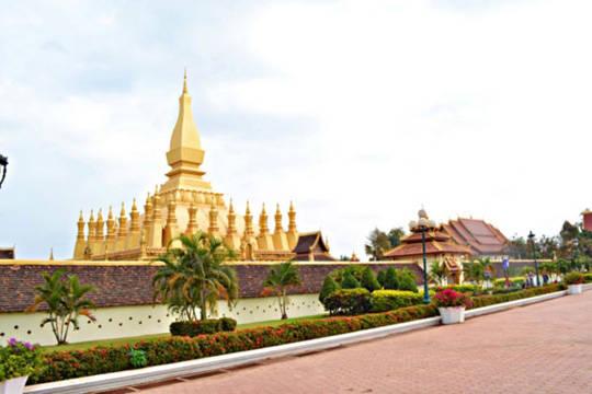 Du lịch Lào - Pha That Luang - iVIVU.com