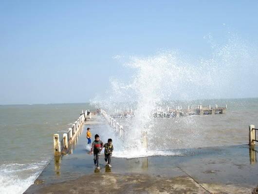 Du lịch Nghệ An - biển Cửa Hội - iVIVU.com
