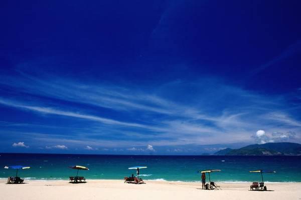 Description: Bãi biển Nha Trang