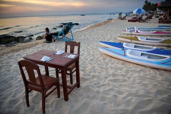 Description: Bãi biển Phú Quốc