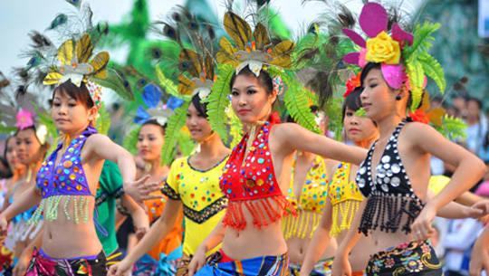 Du lịch Quảng Ninh - Carnaval Hạ Long - iVIVU.com
