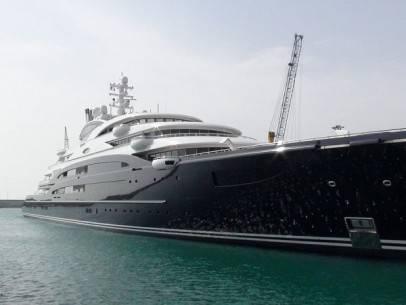 22 siêu du thuyền lớn nhất thế giới - 12-yuri-schefflers-serene-4393-feet-long-2011-1366010530559 - ivivu.com