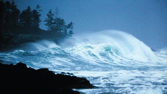 5 điểm du lịch độc đáo đón thời tiết xấu - đón bão ở Vancouver, Canada