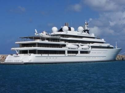 22 siêu du thuyền lớn nhất thế giới - 15-katara-40814-feet-long-2010-1366010154168 - ivivu.com